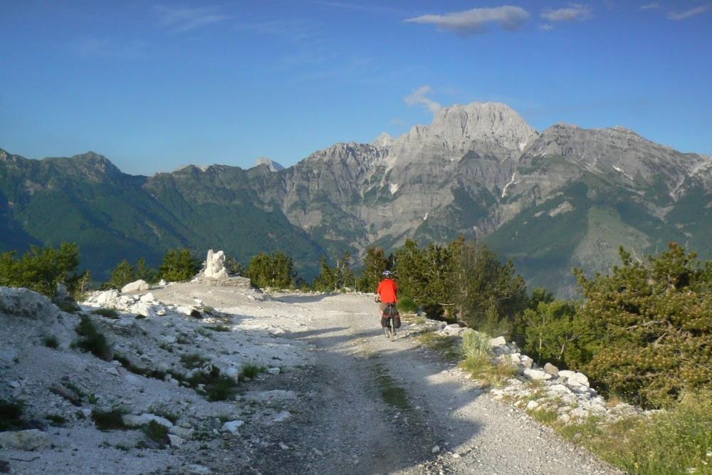 Cykloturistika v Albánsku
