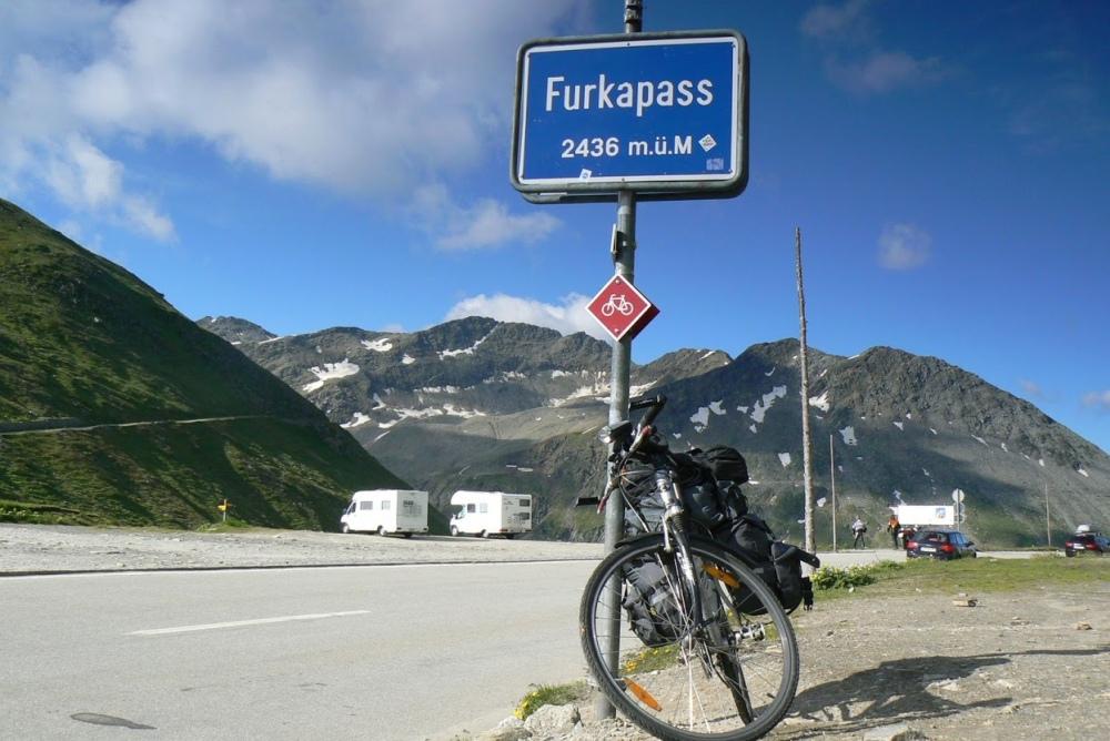 Cykloturistika vo švajčiarskych Alpách